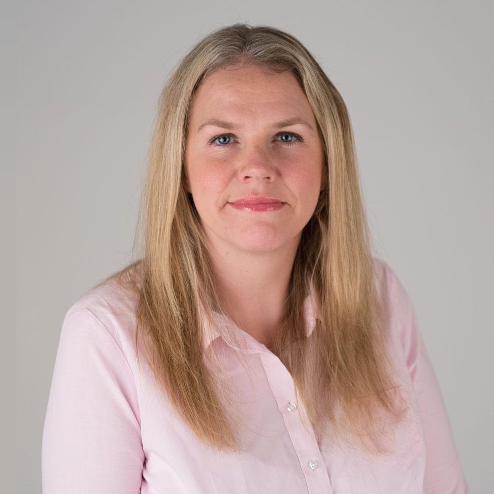 Dr Deborah Walton
